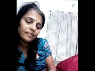 indian aunty sucking cock